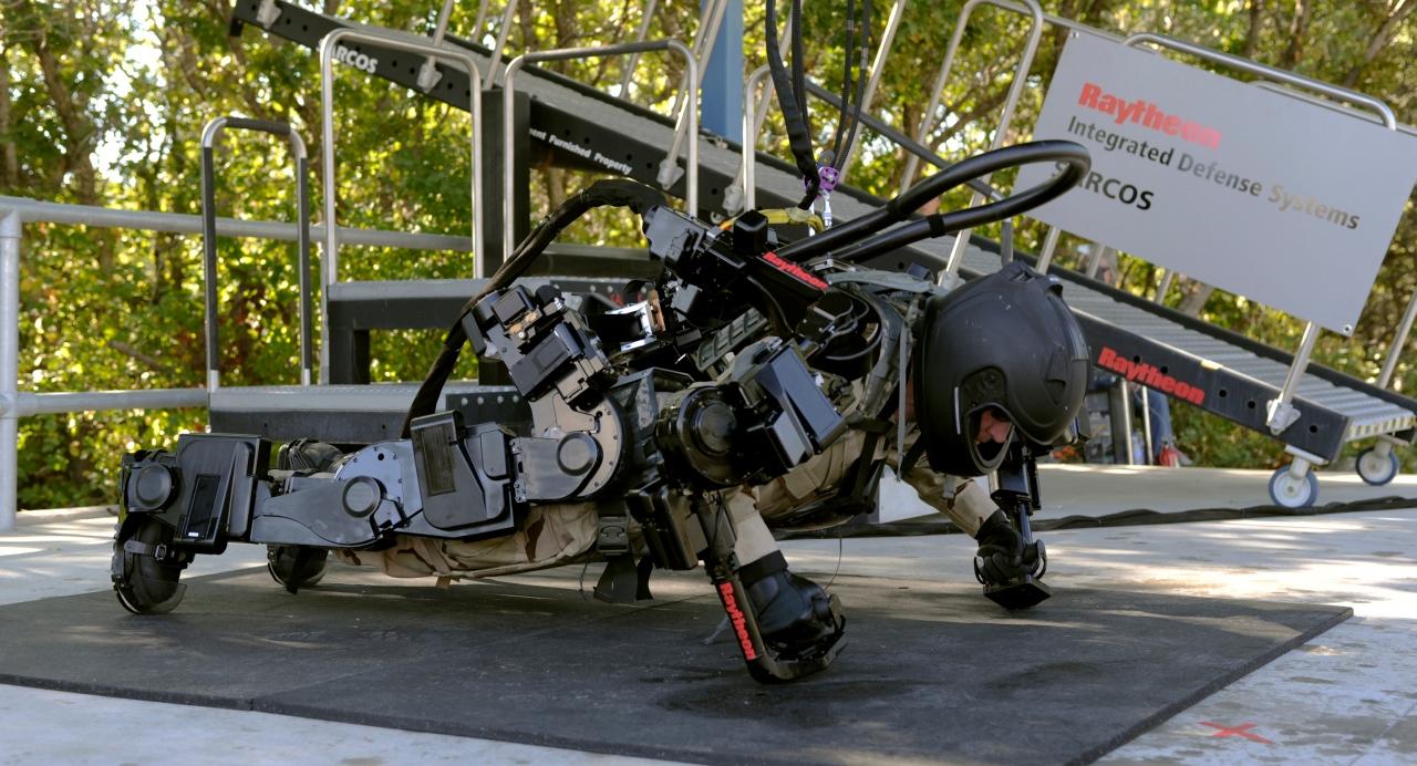 Exosuit Exoskeleton Sarcos Xos 2 Hulc Robot Machine Trente